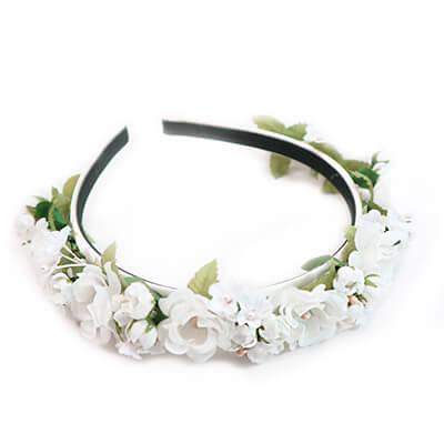 weißer Blumen Haarreif